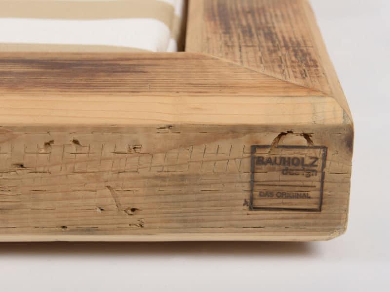 Hundelounge aus Holz