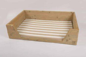 hundebetten aus holz von bauholz design massiv und nachhaltig. Black Bedroom Furniture Sets. Home Design Ideas