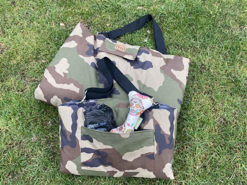 Traumhund® Picknick: Outdoordecke und Tasche in einem